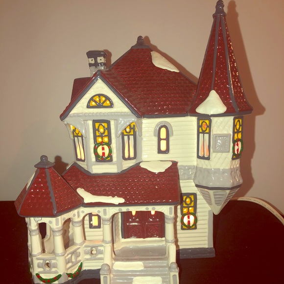 "Dept 56 Other - ""Queen Anne Victorian"" Village"